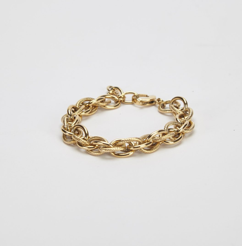 CYNTHIA GOLD (2)